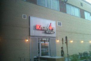 Etiquette Tuesday: Khan's Bar & Grill