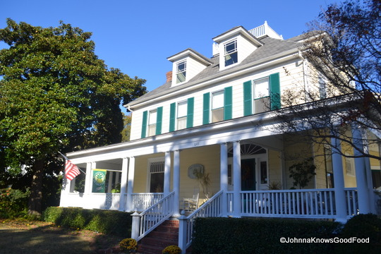 Cape Charles House Bed & Breakfast