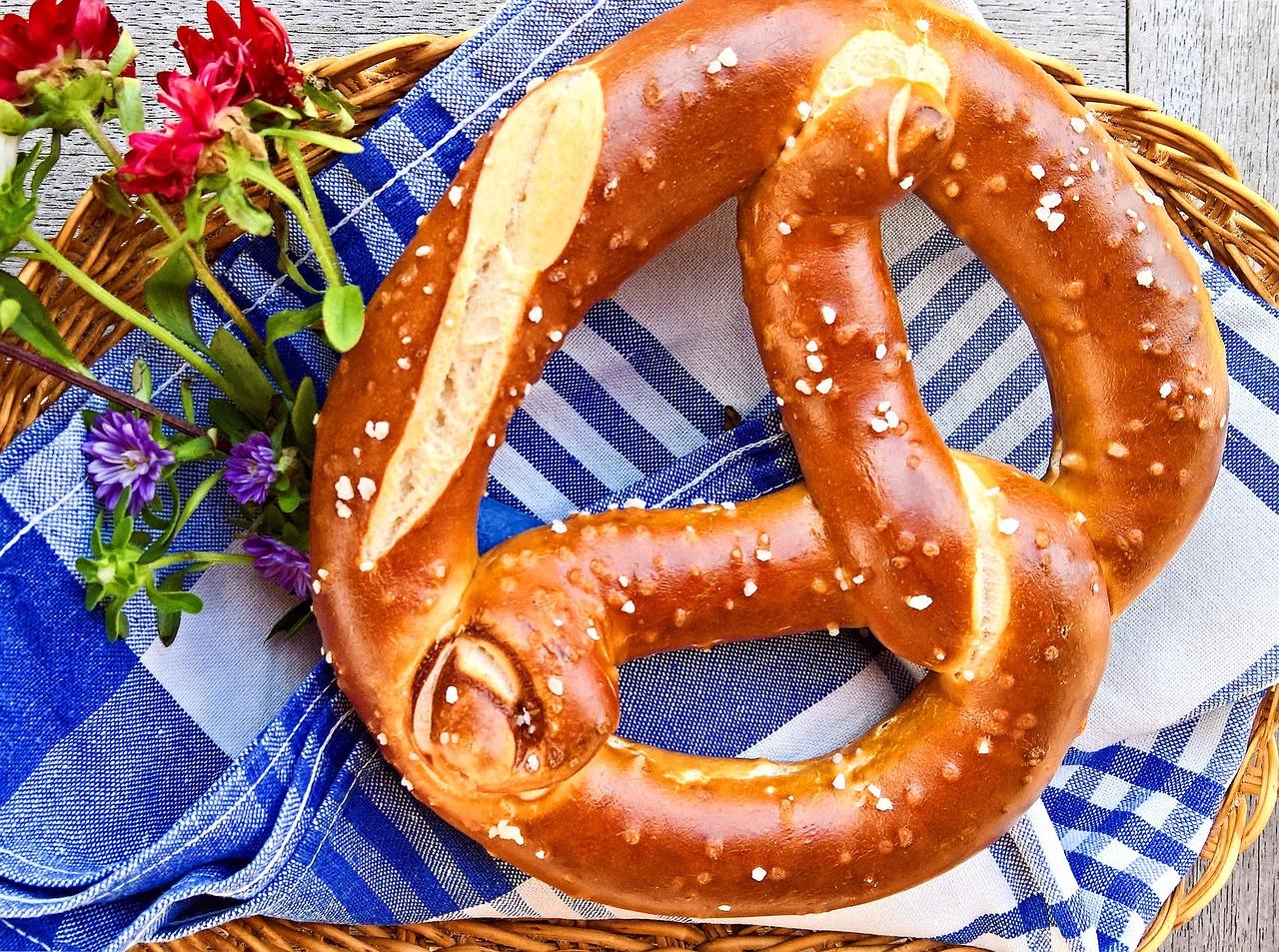 pretzel-2718477_1280