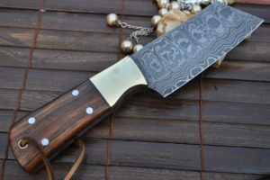Stainless Steel Blades or a Damascus Blade: Which Wins the Brownie Points?